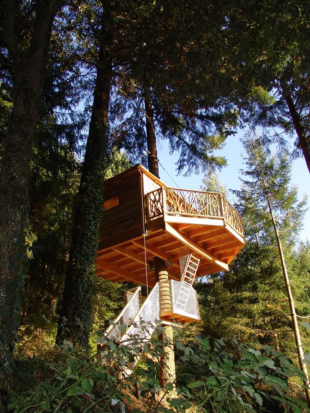 בתי עץ 3