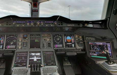 איך נראה תא הטייס של המטוס המתקדם בעולם Airbus A380 ?
