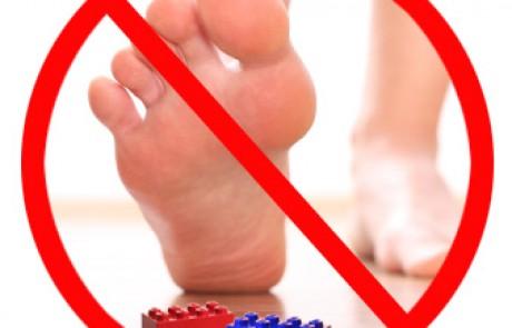 נעליים נגד לגו – איך לא חשבו על קודם (למעלה מ 66 שנה)