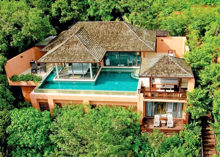 בריכה על הגג - עיצוב בתים