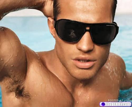 men-in-sunglasses-1
