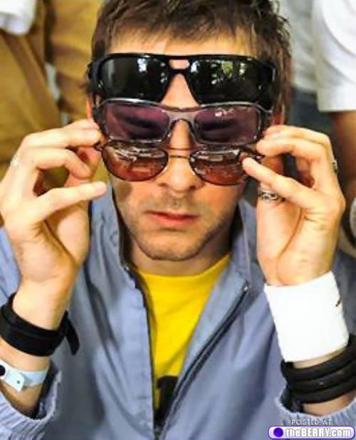 men-in-sunglasses-12