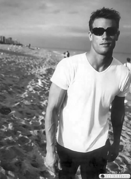 men-in-sunglasses-5