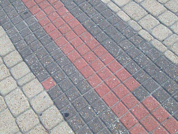 AD-Annoying-Photos-OCD-27