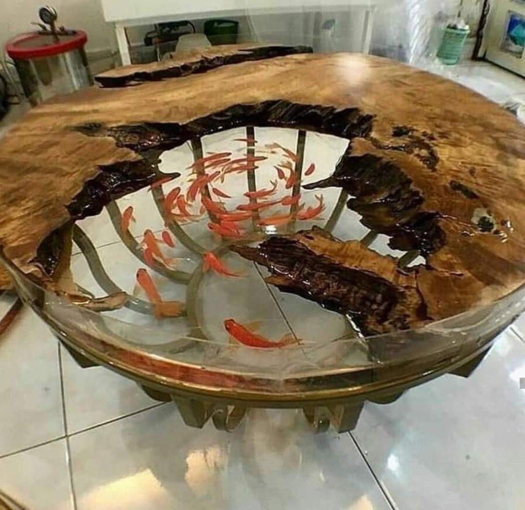 שולחן אקווריום לדגים מעץ