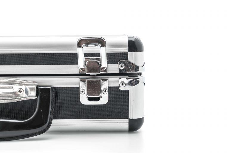 סגר קפיצי אלומיניום למזוודה