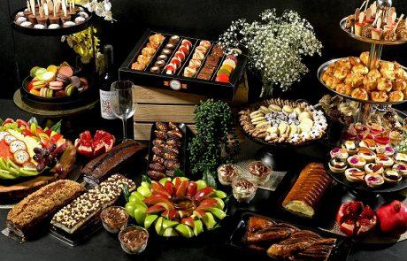 מגשי אירוח כפתרון אידיאלי לאירועים קטנים