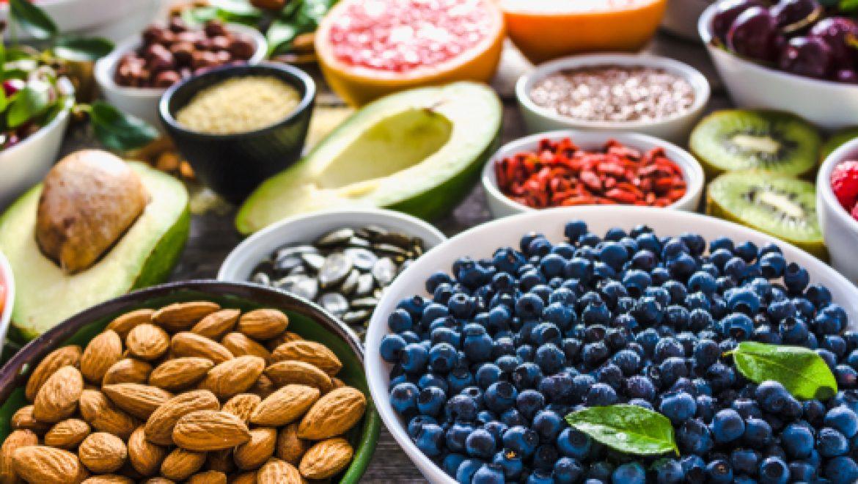 תזונה נכונה: מהם המאכלים שמומלץ לצרוך כל יום?